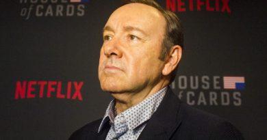 Irmão teme que Kevin Spacey se suicide por acusações de assédio sexual