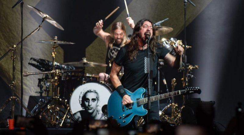 Foo Fighters, Weezer e Panic At The Disco são confirmados no Rock in Rio