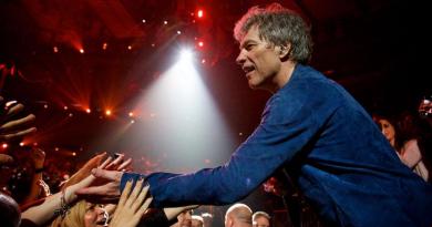 Bon Jovi lança pacote pago para acesso a materiais exclusivos