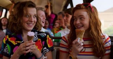 Stranger Things | Novo teaser mostra Hawkins alegre e pronta para as férias
