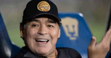Maradona critica documentário sobre própria vida