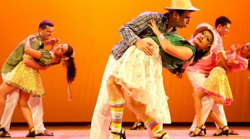 8º Festival de Danças de Forqueta ocorre em Caxias do Sul