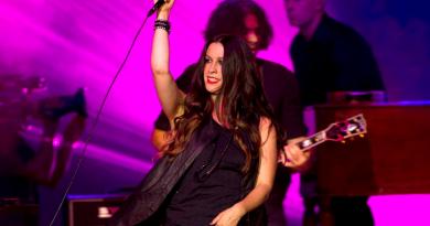 Alanis Morissette lança novo single; ouça 'Reckoning'