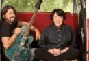 Dave Grohl e sua mãe, Virginia, vão apresentar série musical