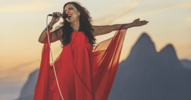Show gravado por Bebel Gilberto em 2012 é publicado no Youtube