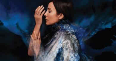 Natalie Imbruglia está de volta; ouça Build It Better