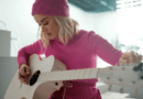 Katy Perry faz cover de All You Need Is Love dos Beatles